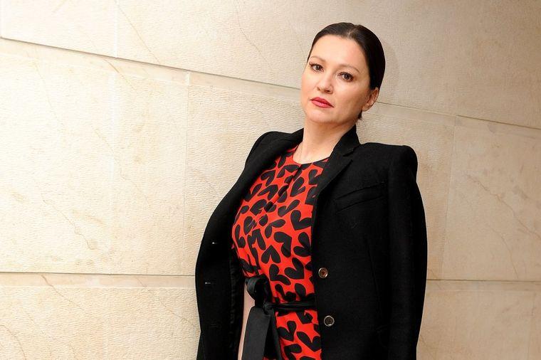 Nina Badrić promenila izgled: Prešla u plavuše! (FOTO)