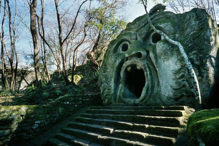 Park od kojeg vas podilazi jeza: Groteskne skulpture 400 godina čuvaju tajnu (FOTO)