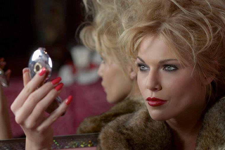 Jedna greška, fatalna posledica: Potez u šminkanju koji vam dodaje 10 godina!