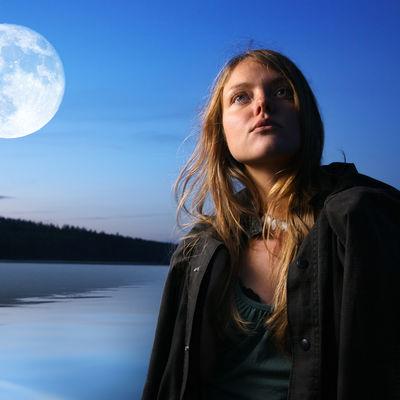 Žalosni Mesec, pojava koja menja sve: Sutra uveče obavite ove rituale i čeka vas bolji život!