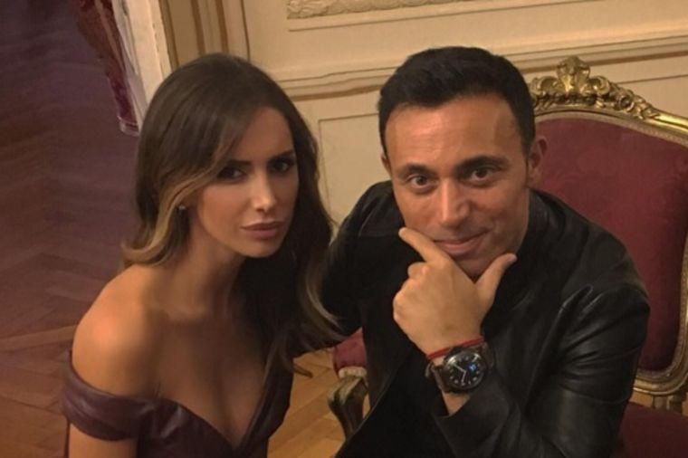 Božićna čestitka Emine Jahović: Evo šta je od srca svima poželela! (FOTO)