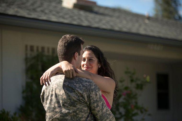 Vojnik i žena