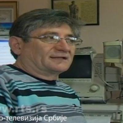 Čin koji je oduševio celu zemlju: Srpski doktor besplatno pregleda svakog ko nema da plati! (FOTO)