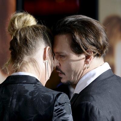 Slavni glumac konačno priznao: Ostavio sam ženu zbog ljubavnice! (FOTO)