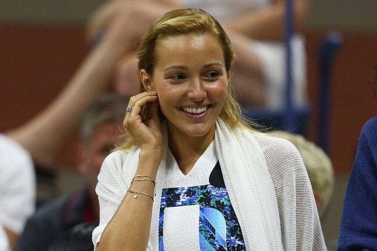 Doručak Jelene Đoković gotov za 5 minuta: Fit dama ovako započinje dan! (FOTO, RECEPT)