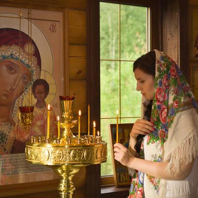Slavimo Veliki četvrtak: Žene treba obavezno da zapale sveću, evo i zašto!