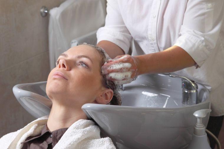Tri frizerske tajne za savršenu kosu: Ovo svaka žena mora da zna!