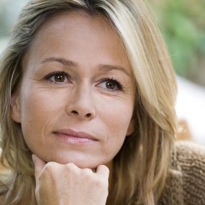 Ova podmukla bolest je kobna za žene: Prvi simptomi podsećaju na menopauzu!