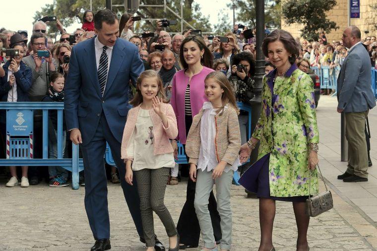 Gde odmaraju slavne kraljevske porodice: Sav raskoš luksuznih destinacija! (FOTO)