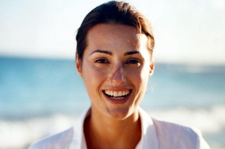 Najjeftiniji preobražaj za 28 dana: Sara (42) otkriva rezultate na svom licu i telu!