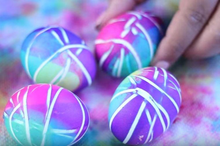 farbamke jaja, obicaji, vaskrs, uskrs, jaj sa gumicom, uskrsnja jaja