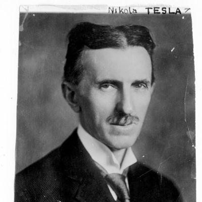 Nikola Tesla otkrio svom prijatelju: Ova tajna je skrivena u molitvi Oče naš!