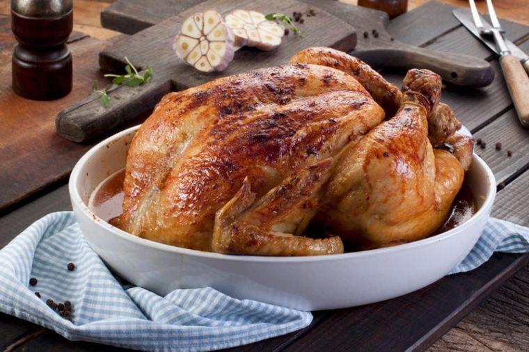 Savršen trik za pečeno pile: Čak je i belo meso sočno i ukusno! (RECEPT)