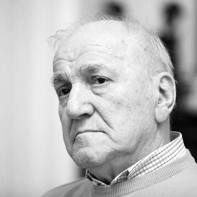 Borac do kraja: Umro Bata Živojinović u 82. godini!