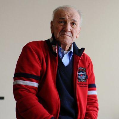 Večiti bol u duši, zadnja želja ostala neispunjena: Tuga koju je Bata Živojinović poneo u grob