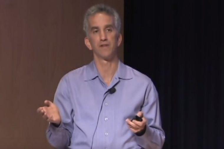 Američki lekar upozorava: Ovih 5 znakova ukazuju da možete da dobijete rak! (VIDEO)