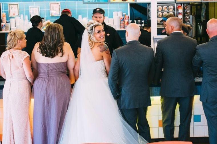 Mlada (30) došetala do oltara pa prekinula venčanje: Ljubav je bila jača! (FOTO)