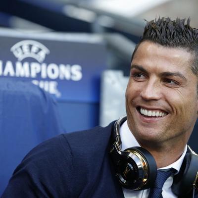 Ni izgled, ni bogatstvo: Zbog ovoga je Kristijano Ronaldo neodoljiv ženama! (FOTO)