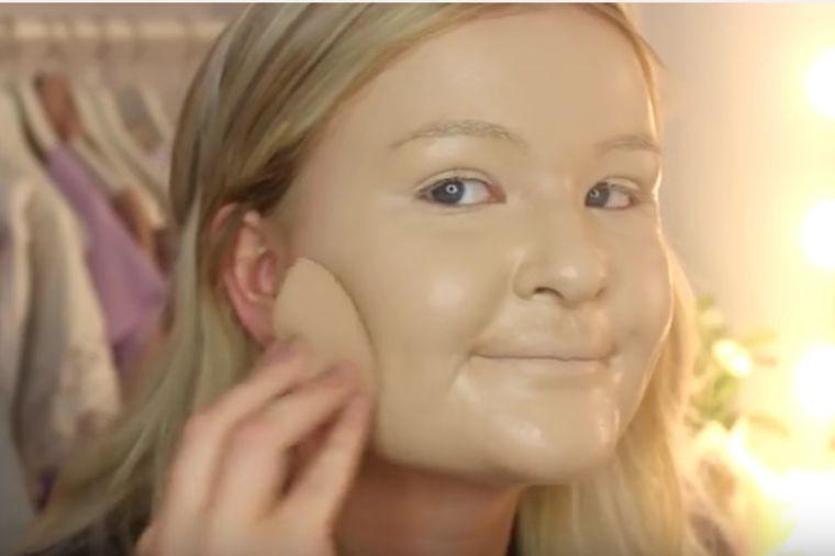 Stavila 100 slojeva pudera: Potpuno uništila kožu na licu! (VIDEO)