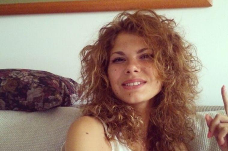 Lepoj Julijani su davali sate života: 26 godina kasnije postala je senzacija! (FOTO)