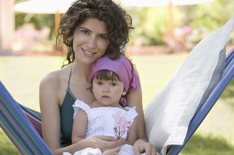 Ne gledajte me kao da sam najgora majka: Pogazila principe roditeljstva, i ne kaje se!