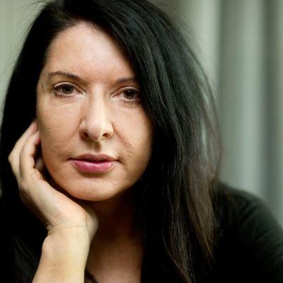 Marina Abramović: Imala sam 3 abortusa, deca su kriva što žene nisu uspešne! (FOTO, VIDEO)