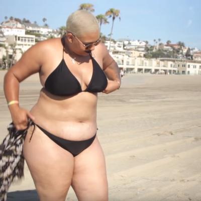 Po prvi put u životu obukla bikini na plažu: Lekcija koja joj je promenila život! (VIDEO)