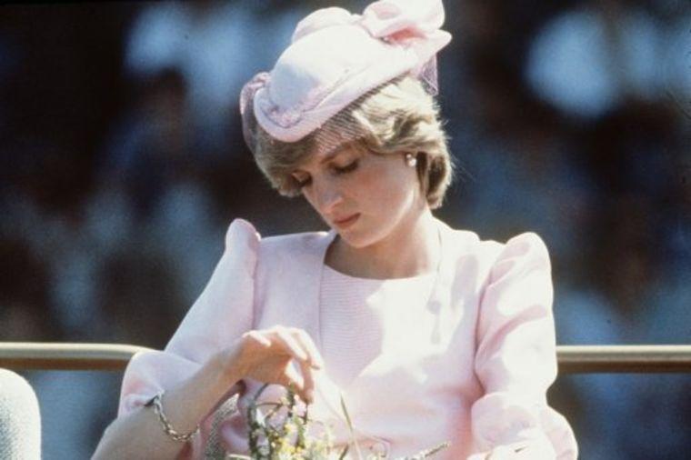 Suze, panika, očaj: Princeza Dajana presekla vene nakon venčanja, zataškani skandal isplivao!