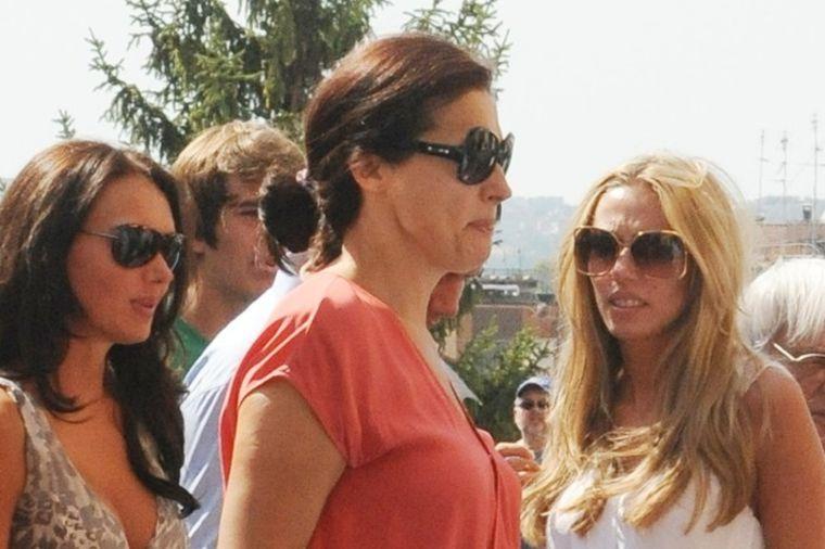 Skandalozan razvod ćerke Slavice Eklston: Suze, batine, droga, milioni! (FOTO)