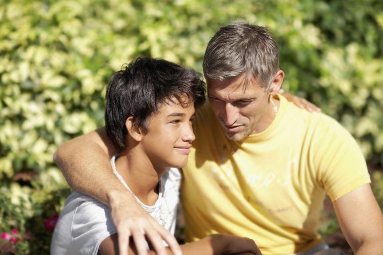 Pismo tate o kojem bruji internet: Dragi moj sine, prema ženi se ponaša ovako!