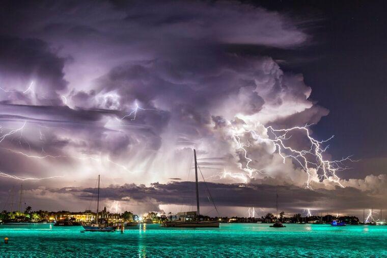 Tragač za olujom: Svaki dan rizikuje život da bi nastale ovakve fotografije!