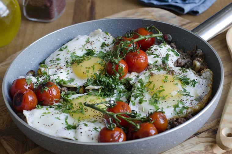 Čimbur, vrhunski bosanski specijalitet: Slasni ručak od jagnjetine i jaja! (RECEPT)