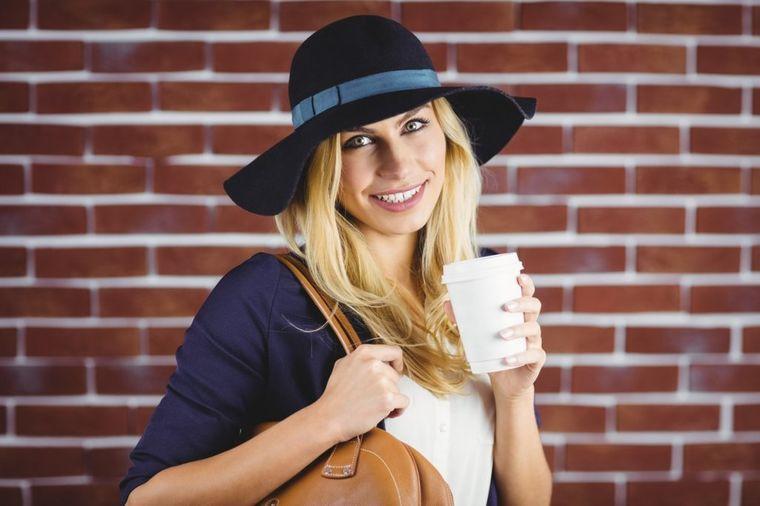 Svaki dan popijte čaj od peršuna: Leči 10 bolesti, a još ćete i smršati! (RECEPT)