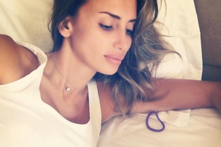 Emina Jahović u bolničkoj postelji: Fanovi zabrinuti! (FOTO)