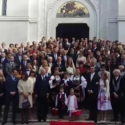 Prvo srpsko kraljevsko venčanje posle 94 godine: Oženio se princ Mihailo Karađorđević! (VIDEO)