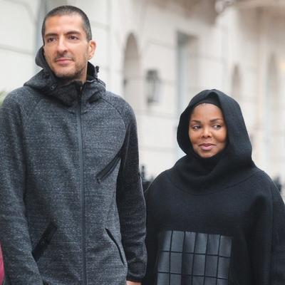 Slavna pevačica promenila veru: Zbog ljubavi prešla u islam! (FOTO)