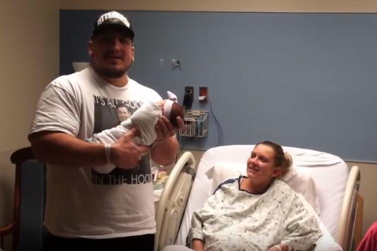 Bila je presrećna kada je rodila ćerkicu: Muž joj sutradan priredio neviđeni šok! (VIDEO)