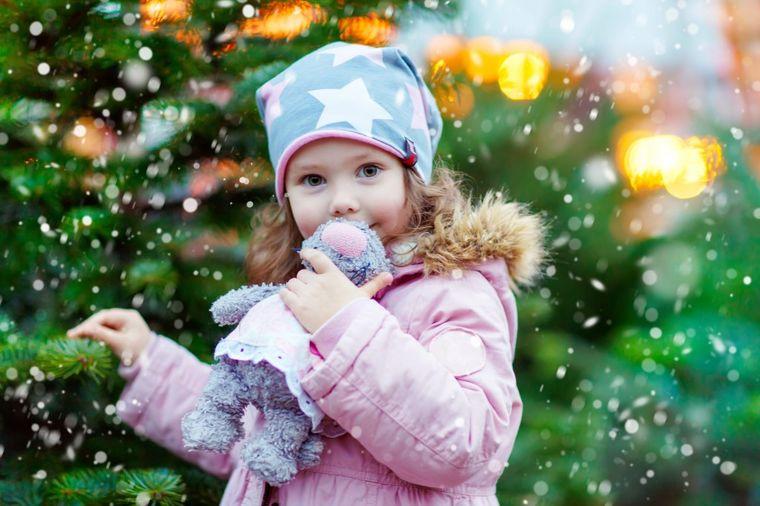 Ne kupujte deci skupe poklone: Postoje dva savršena razloga za to!