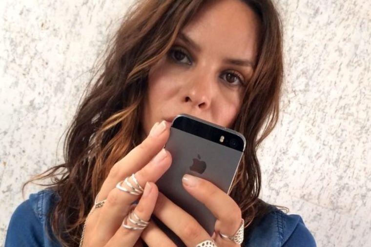 Porodila se srpska milijarderka: Bivša Modelsica blizancima dala jedinstvena imena! (FOTO)