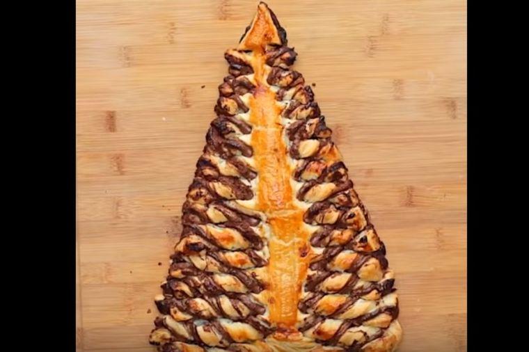 Najlepši slatkiš za Novu godinu: Jelka kolač gotov za 5 minuta! (RECEPT, VIDEO)