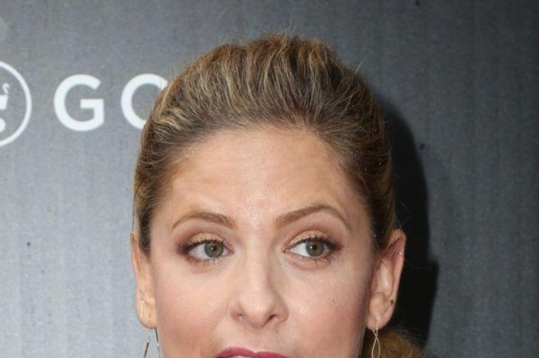 Blam godine: Holivudska glumica crveni od sramote, ne pomaže izvinjenje! (FOTO)