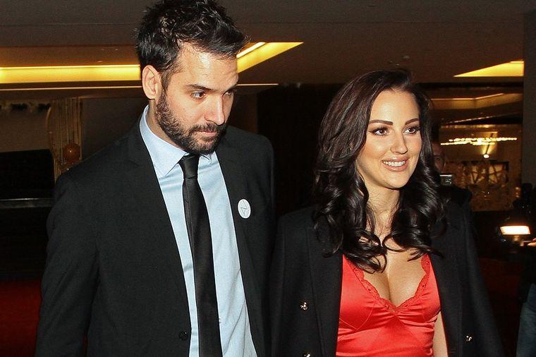 Njeno jedno Da briše svako Ne: Filip zaprosio Aleksandru Prijović? (FOTO)