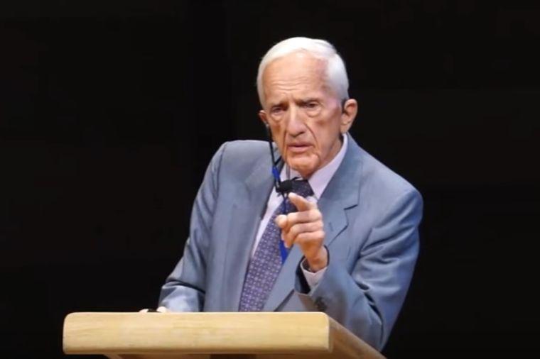 Istraživao rak 50 godina, i sada tvrdi: Javnost je u zabludi sa fatalnim posledicama!