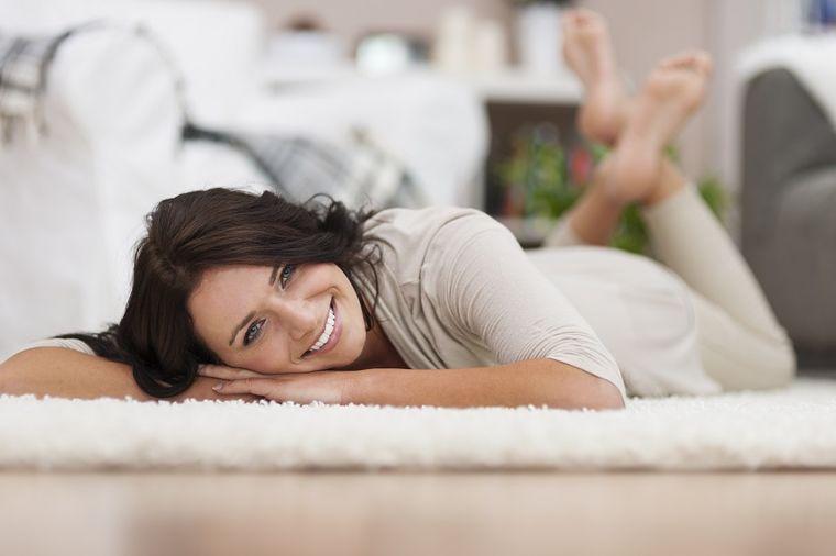 Zašto noge otiču na vrućini: Uzrok je jedan, i lako može da se spreči!