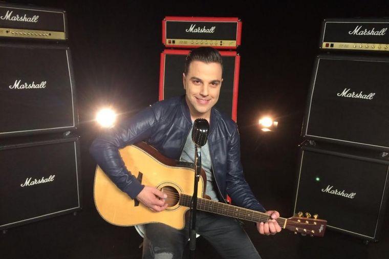 """Ivan Zak donosi novu muzičku čaroliju: Zaljubite se uz pesmu """"Da si tu"""""""