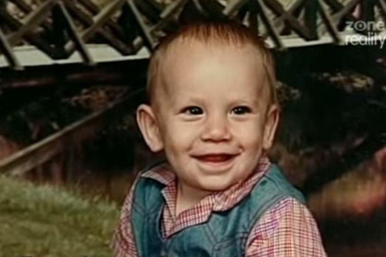 Dala trogodišnjeg sina na usvajanje: 7 godina kasnije, saznala užasnu istinu o njemu! (VIDEO)