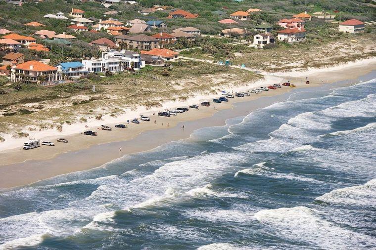 Najopasnije plaže na svetu: Ovde haraju bele ajkule, jake struje nose sve pred sobom! (FOTO)