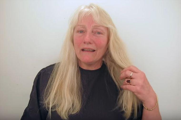 Došla u salon sa dugom plavom kosom: Nakon transformacije izašla kao druga osoba! (VIDEO)