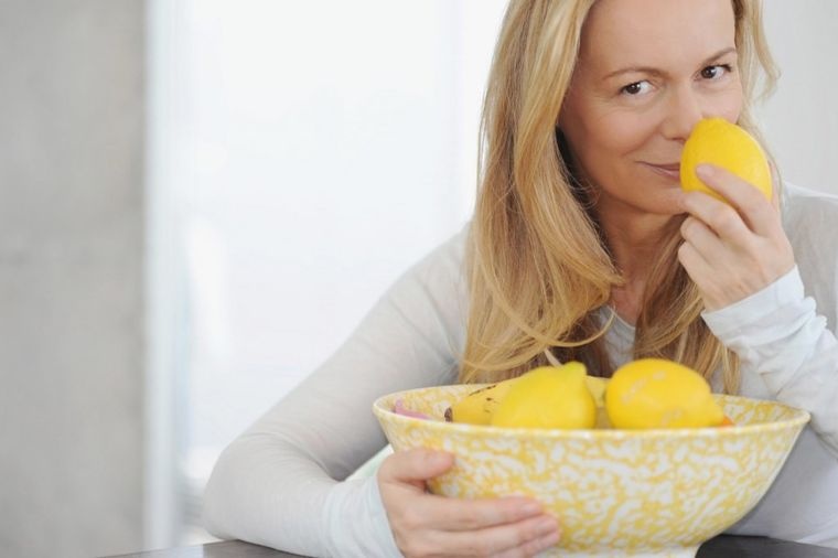 Svake noći stavljala pola limuna pored kreveta: Efekti je oduševili!