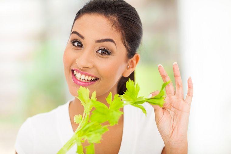 Svaki dan pogrickajte jedan štapić celera: Olakšajte telu, podmladite organizam!